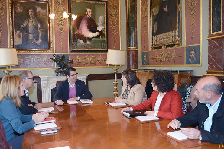 con presidente diputación 2