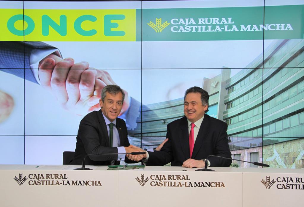 Caja rural castilla la mancha y la once renuevan acuerdo for Caja castilla la mancha oficinas